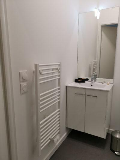 sèche-serviettes salle d'eau équipée résidence étudiante