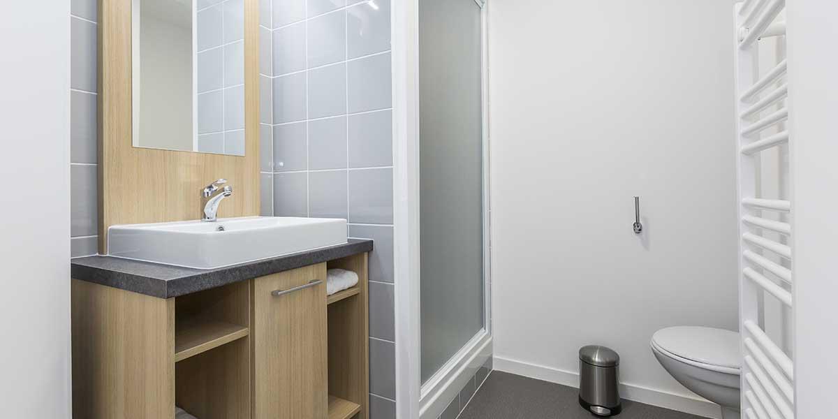 Résidence étudiante Dijon Campus Trinité salle-de-bains