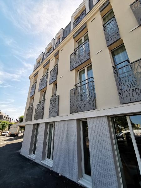 résidence seniors Bourges-Jardins d'Arcadie-Centralys-exterieur